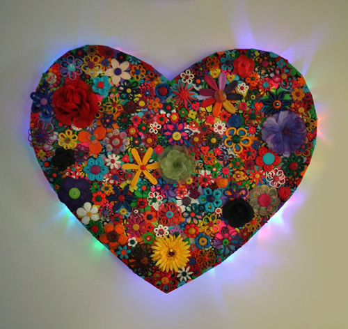 Flower Heart With Light - Painting by Waleska Nomura