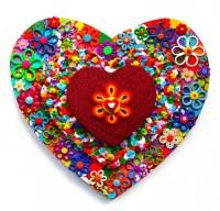 Small Heart 5 - Painting by Waleska Nomura.